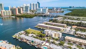 3944 NE 167th St ##308, North Miami Beach, FL 33160