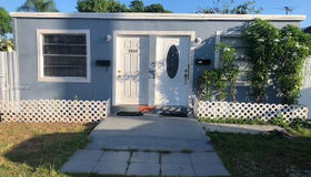 5925 sw 64th St, South Miami, FL 33143