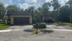 14861 Dunbarton Pl, Miami Lakes, FL 33016