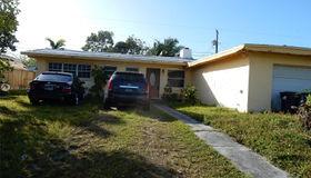 9660 Haitian Dr, Cutler Bay, FL 33189