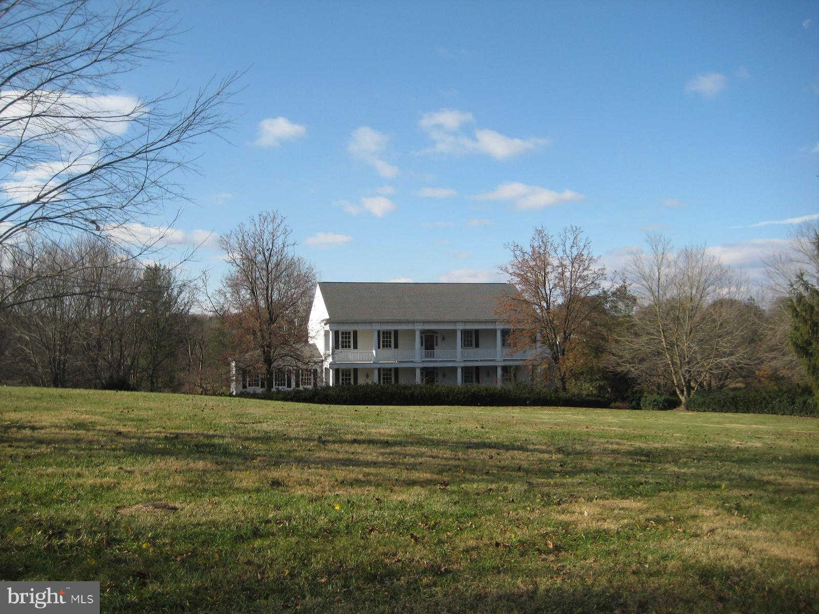 39945 Charles Town Pike, Hamilton, VA 20158 is now new to the market!