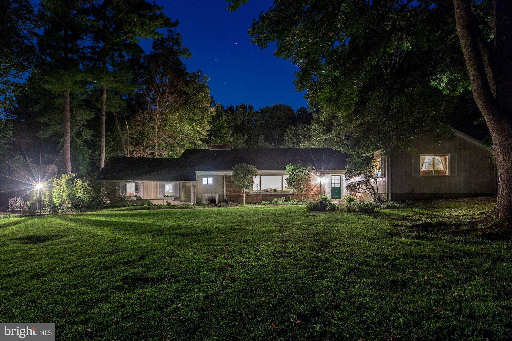 11211 Sorrel Ridge Lane, Oakton, VA 22124 is now new to the market!