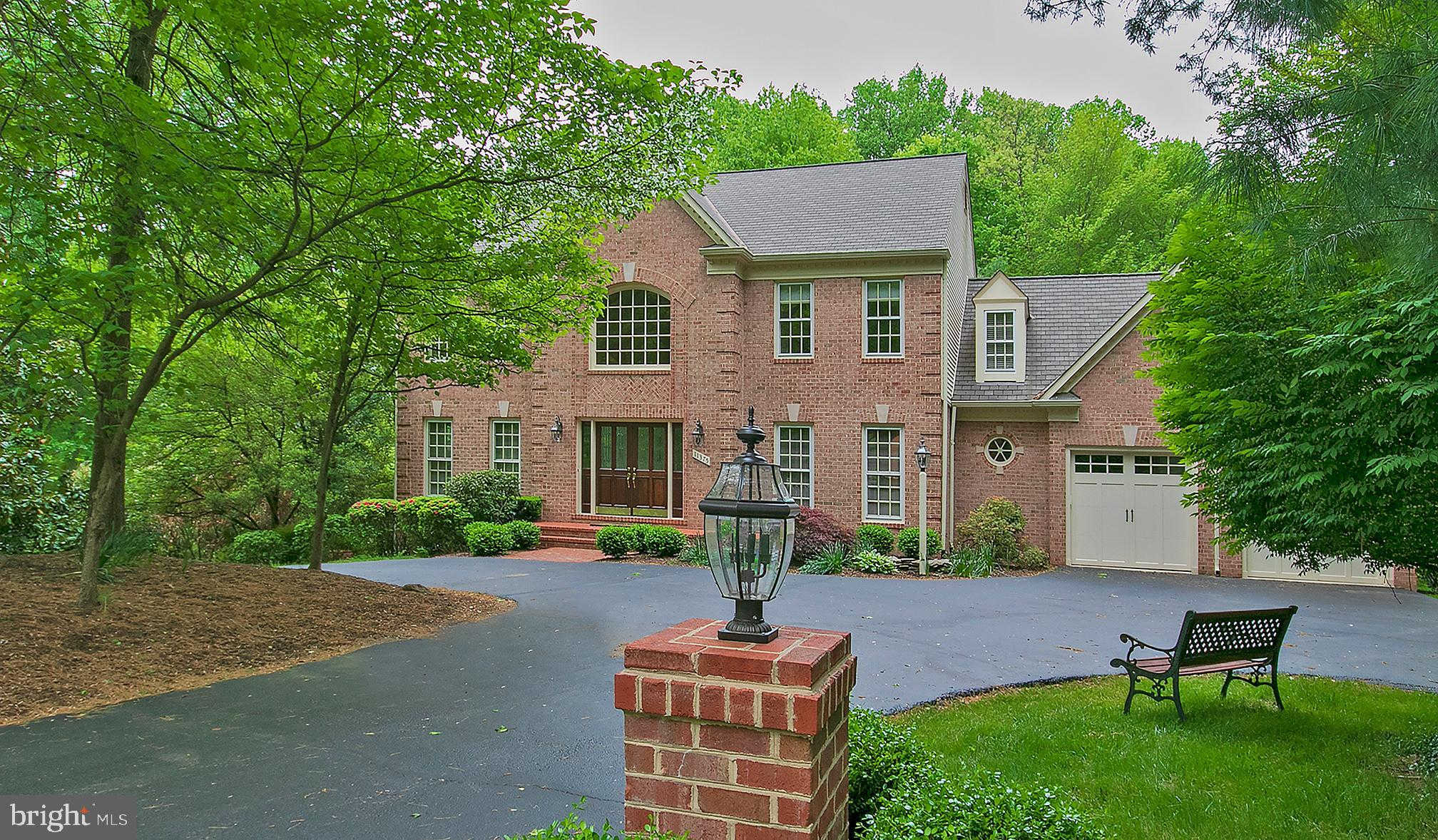 11375 Seneca Knoll Drive, Great Falls, VA 22066 is now new to the market!