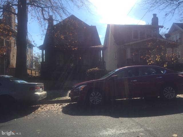 1222 Hamilton Street NW, Washington, DC 20011 now has a new price of $650,000!