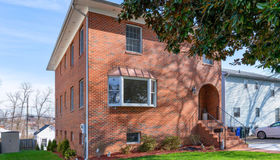 1531 12th Street S, Arlington, VA 22204
