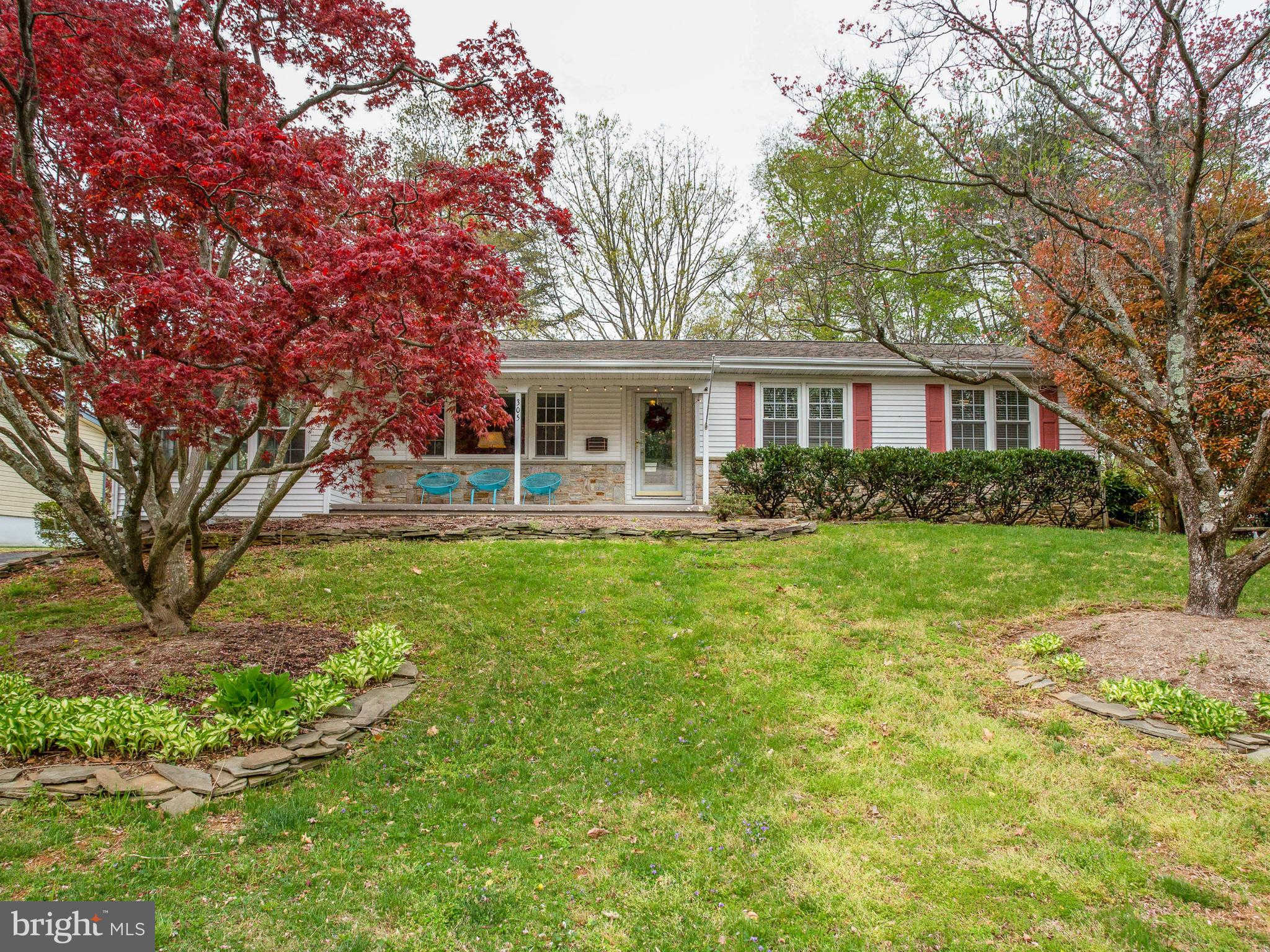 305 Halsey Road, Annapolis, MD 21401 now has a new price of $475,000!