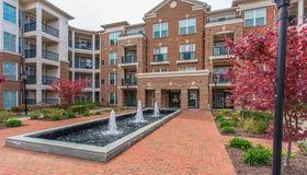 2903 Saintsbury Plaza #402, Fairfax, VA 22031