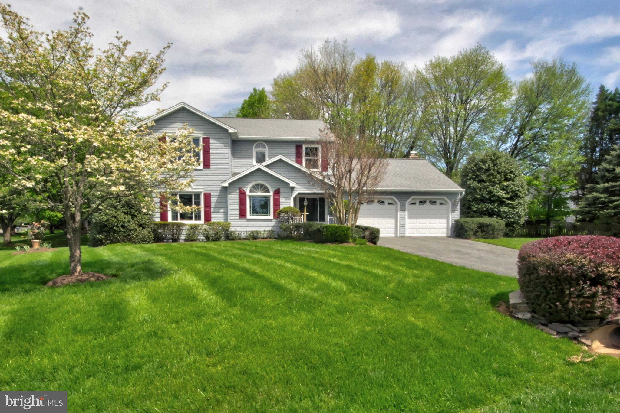 17205 Macduff Avenue, Olney, MD 20832 now has a new price of $599,900!