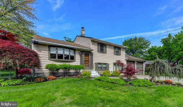 16 Oakview, Cherry Hill, NJ 08002 is now new to the market!