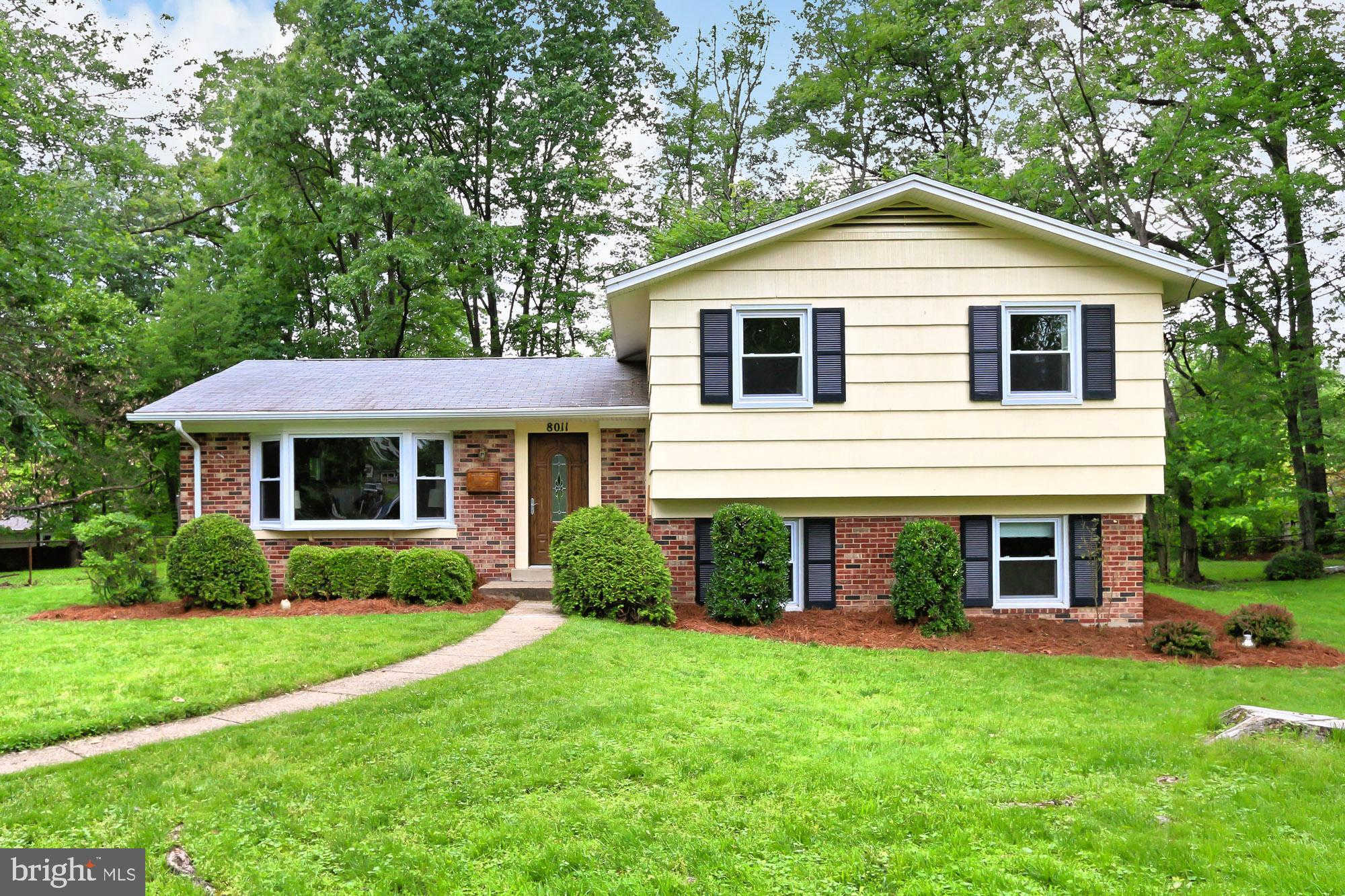 Video Tour  - 8011 W Rockglen Court, Springfield, VA 22152