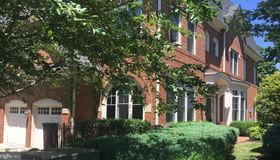 18318 Fairway Oaks Square, Leesburg, VA 20176