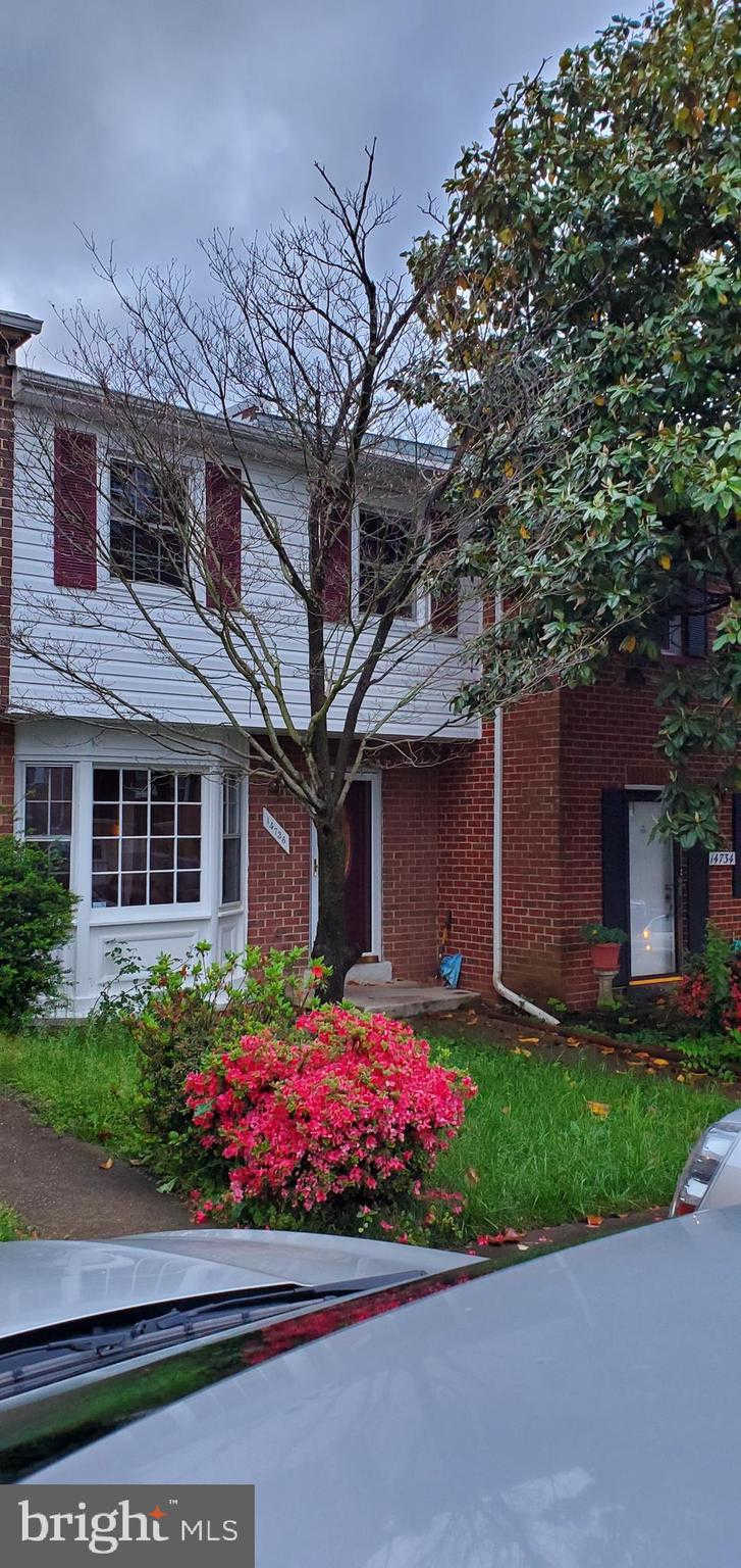 14736 Endsley Turn, Woodbridge, VA 22193 is now new to the market!