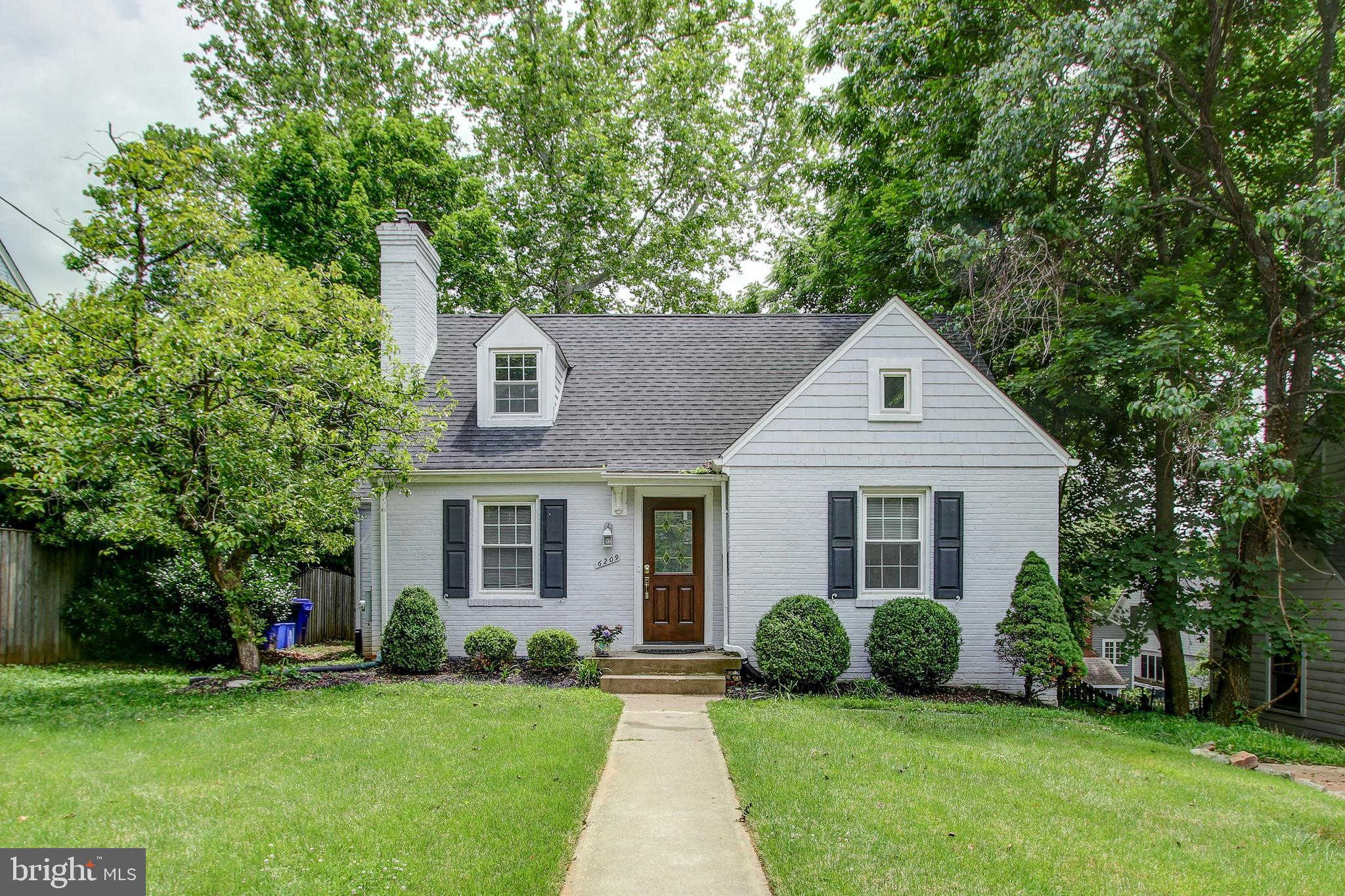 6209 Wagner Lane, Bethesda, MD 20816 is now new to the market!