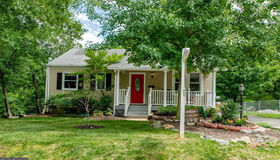 5602 5th Street N, Arlington, VA 22205