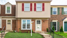 5919 Grisby House Court, Centreville, VA 20120