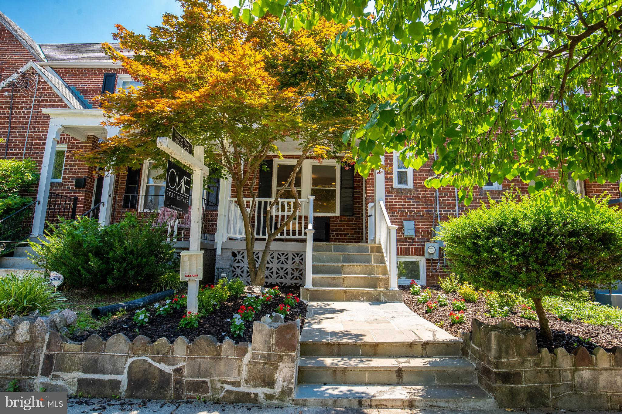 324 Gallatin Street NW, Washington, DC 20011 is now new to the market!