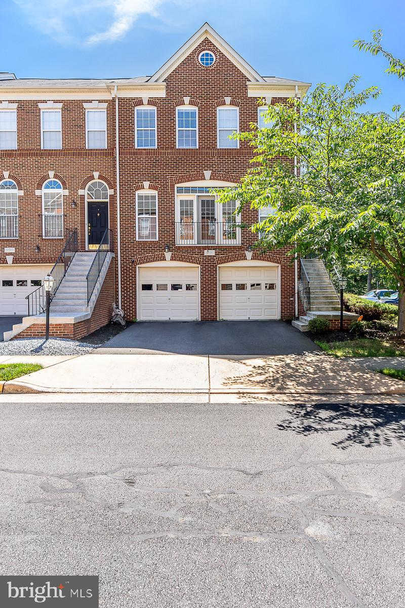 Another Property Sold - 22030 Avonworth Square, Broadlands, VA 20148