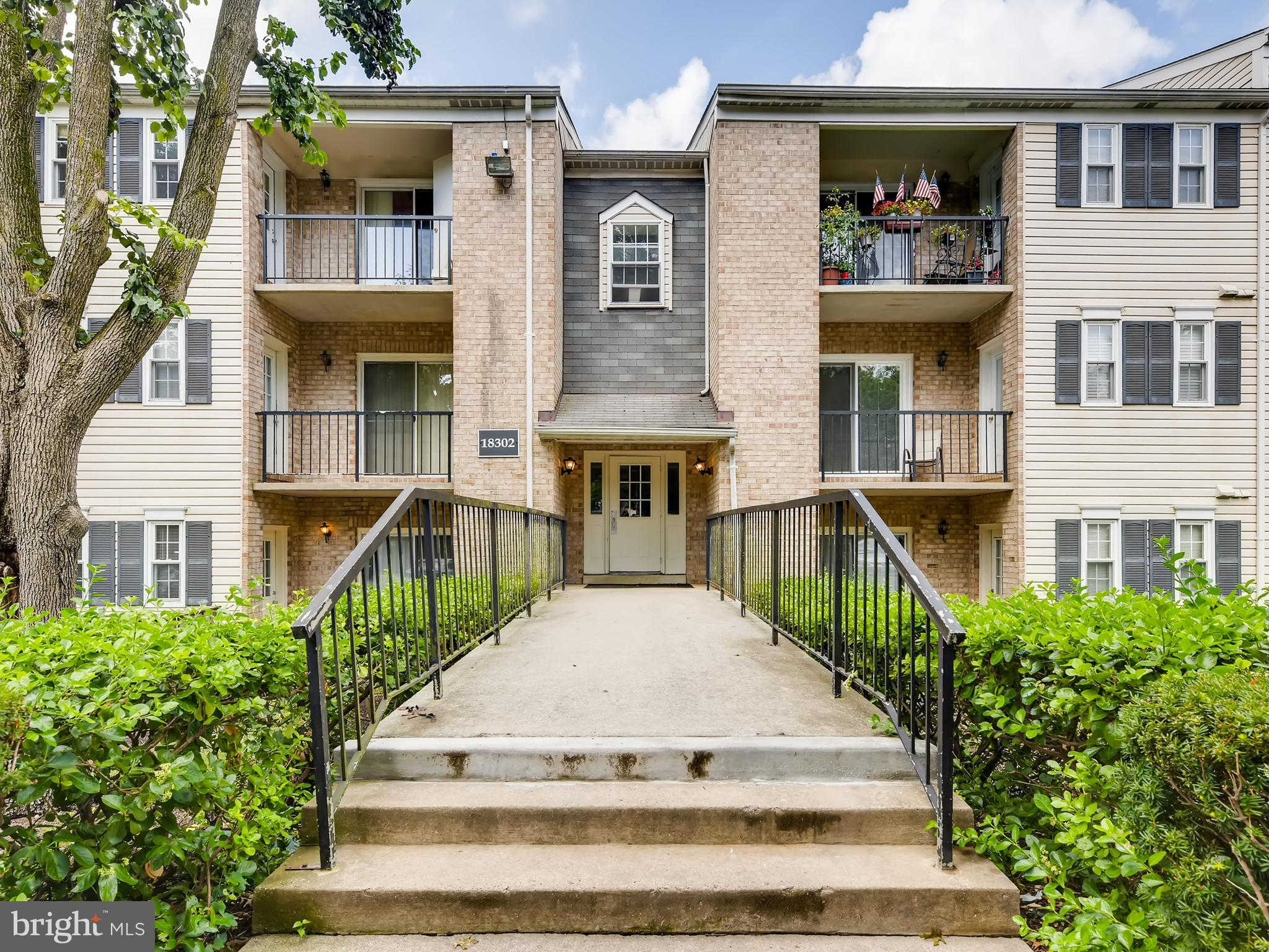 18302 Streamside Drive #101, Gaithersburg, MD 20879 is now new to the market!