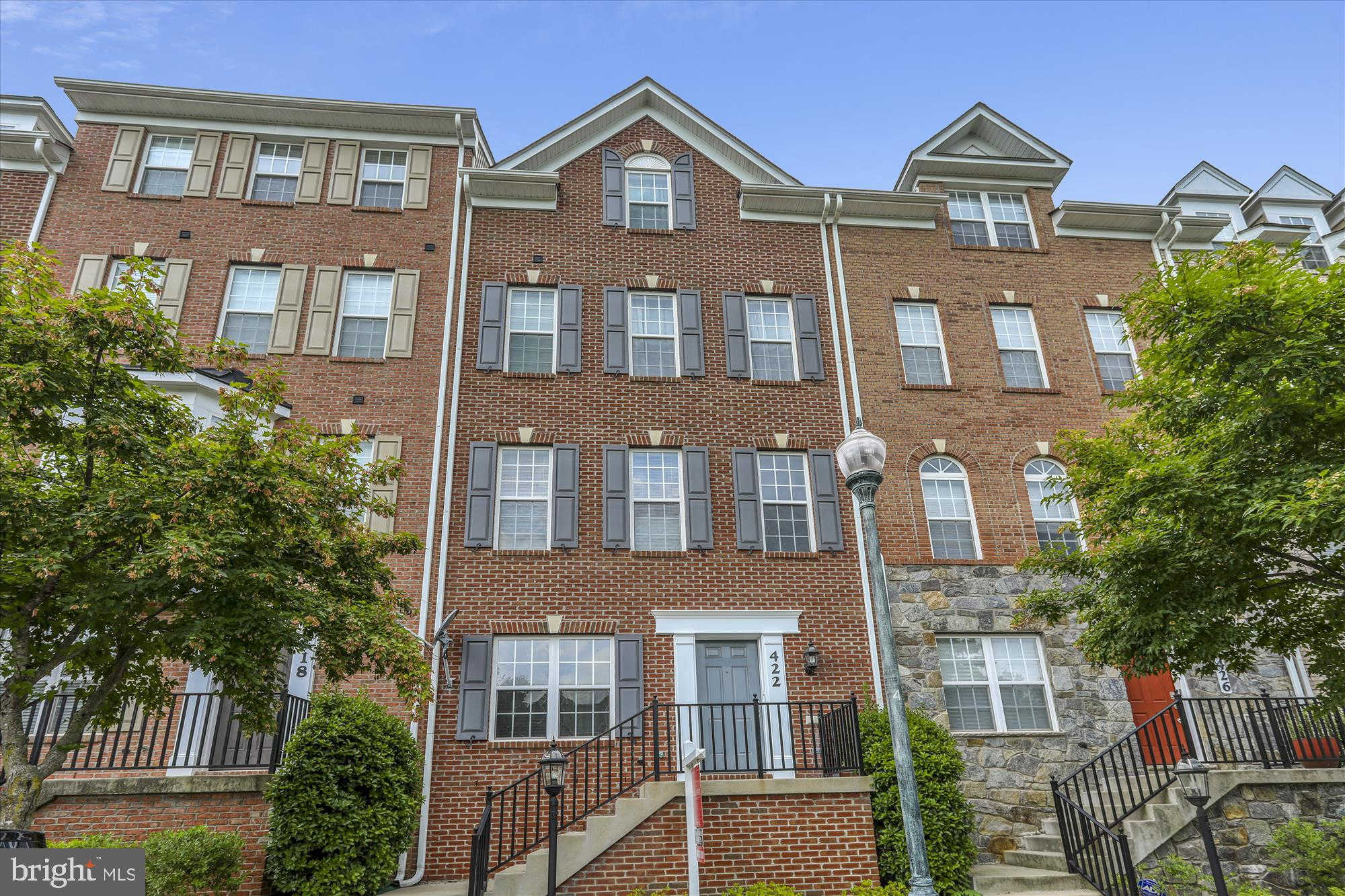 422 Whetstone Glen Street, Gaithersburg, MD 20877 is now new to the market!