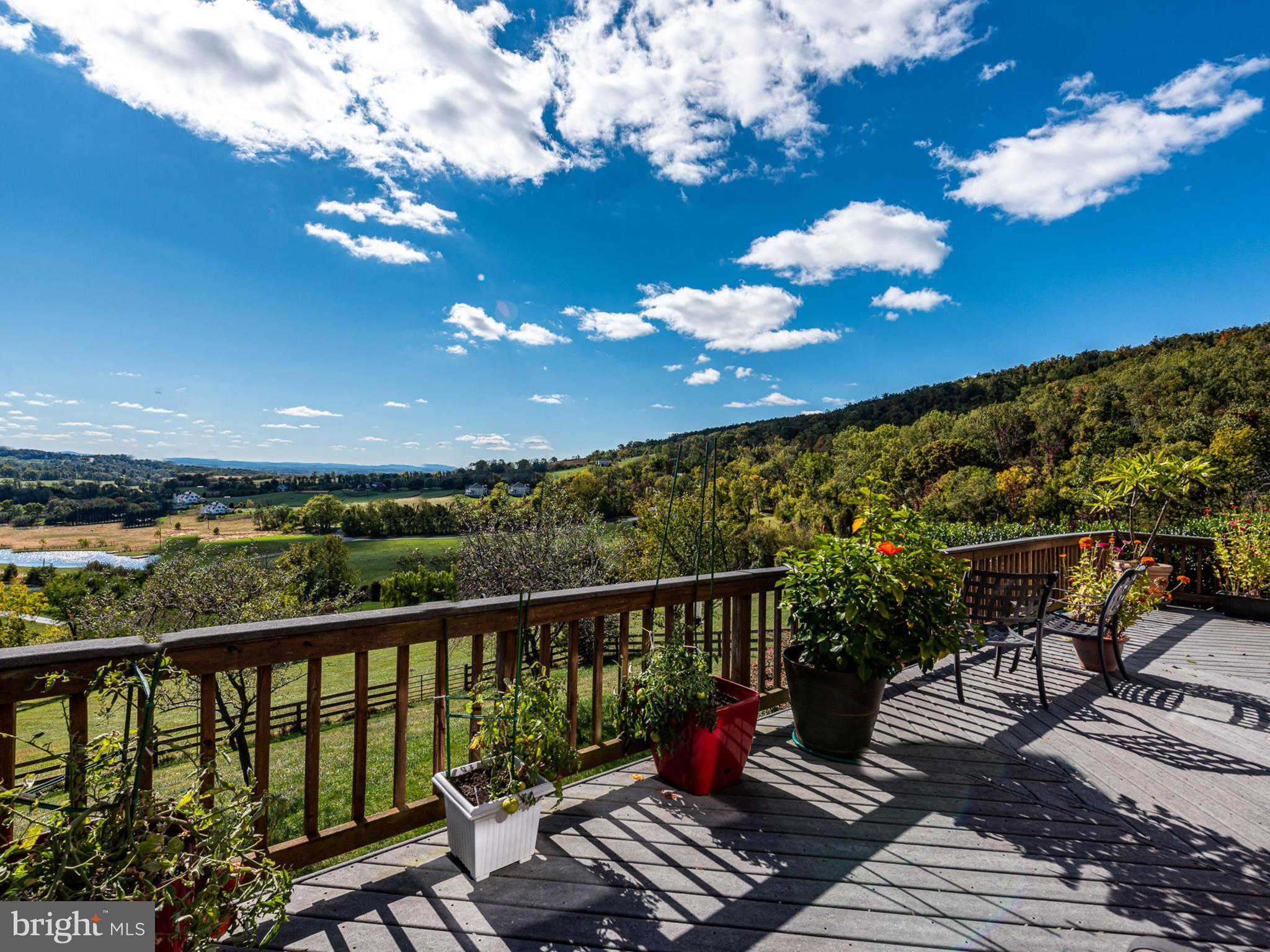 17022 Simmental Lane, Round Hill, VA 20141 now has a new price of $989,000!