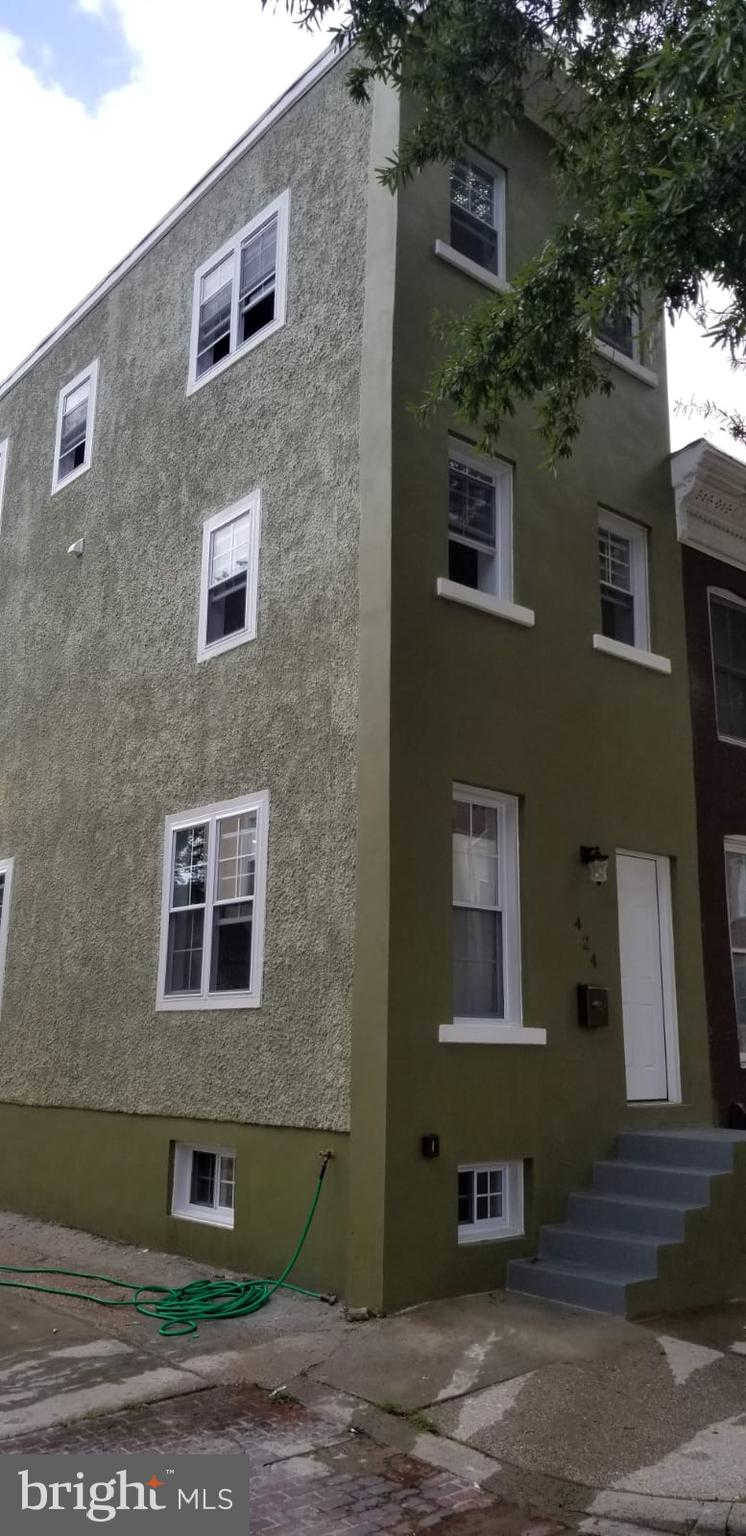 424 E Federal Street, Baltimore, MD 21202 now has a new price of $299,500!
