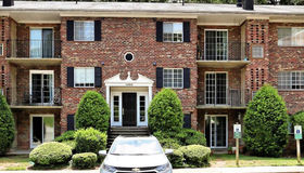 1533 Colonial Drive #101, Woodbridge, VA 22192