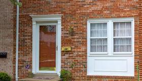 16571 Royal Court, Woodbridge, VA 22191