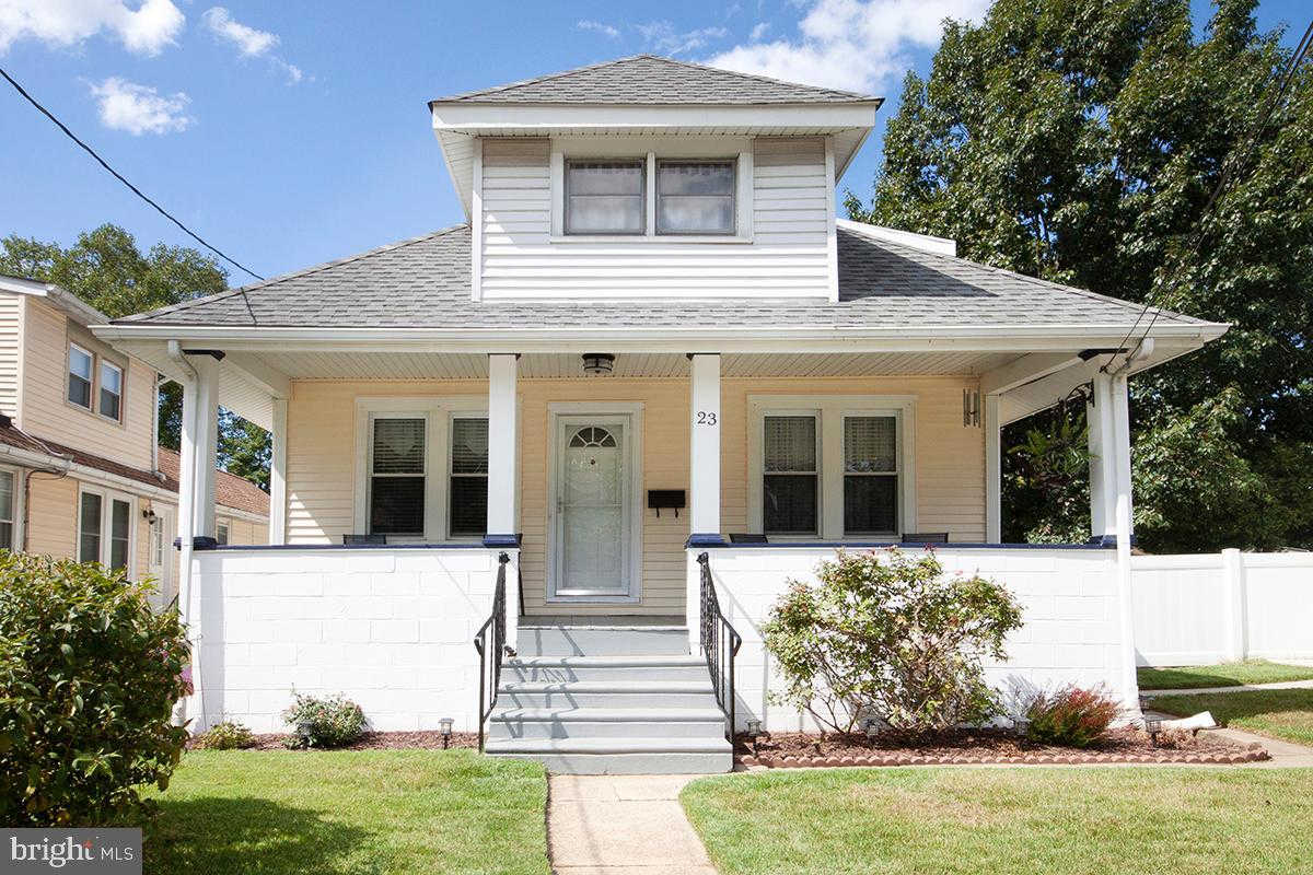 23 E 4TH Avenue, Runnemede, NJ 08078 now has a new price of $163,500!