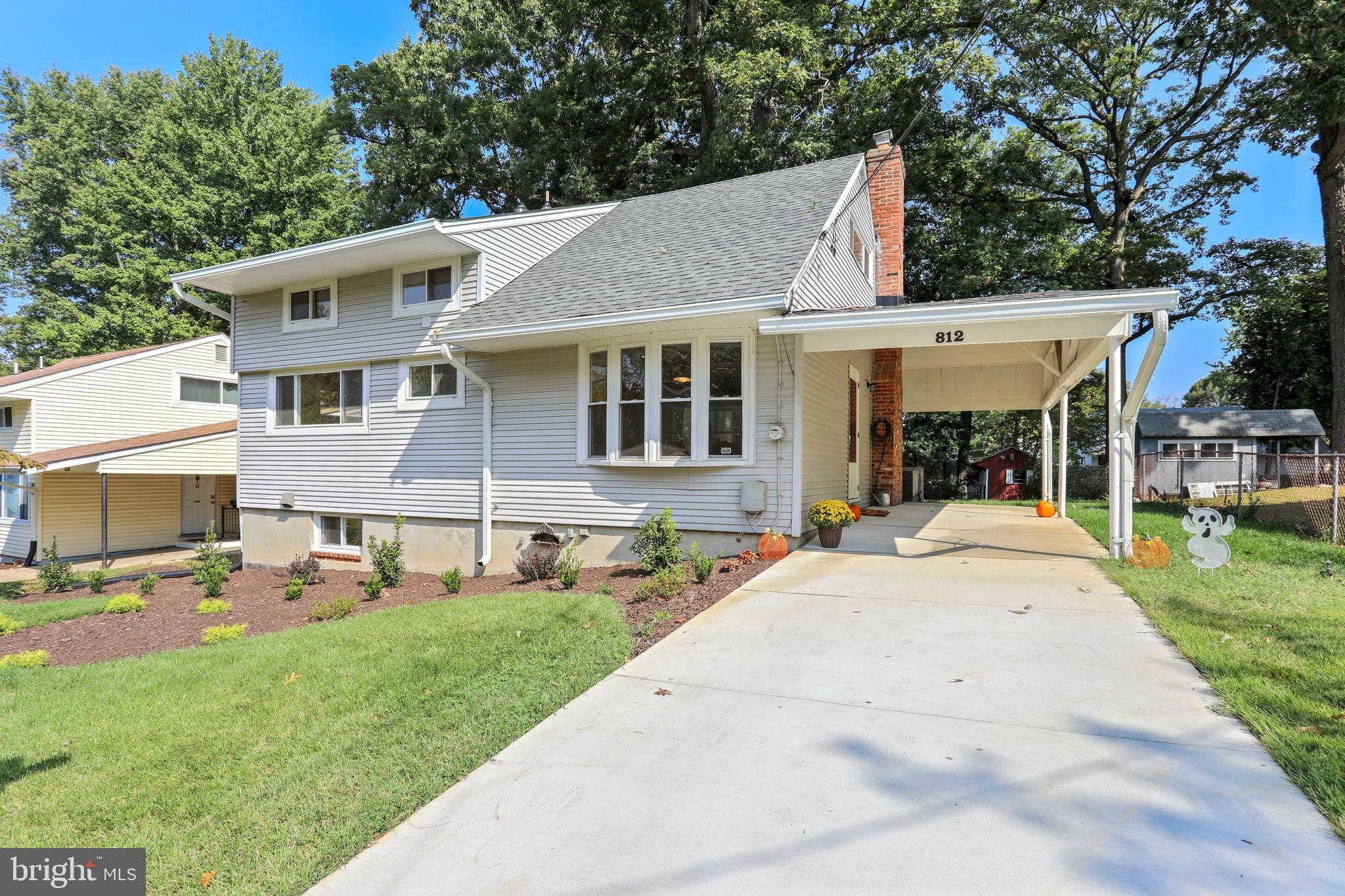 812 Bowie Road, Rockville, MD 20852 now has a new price of $515,000!