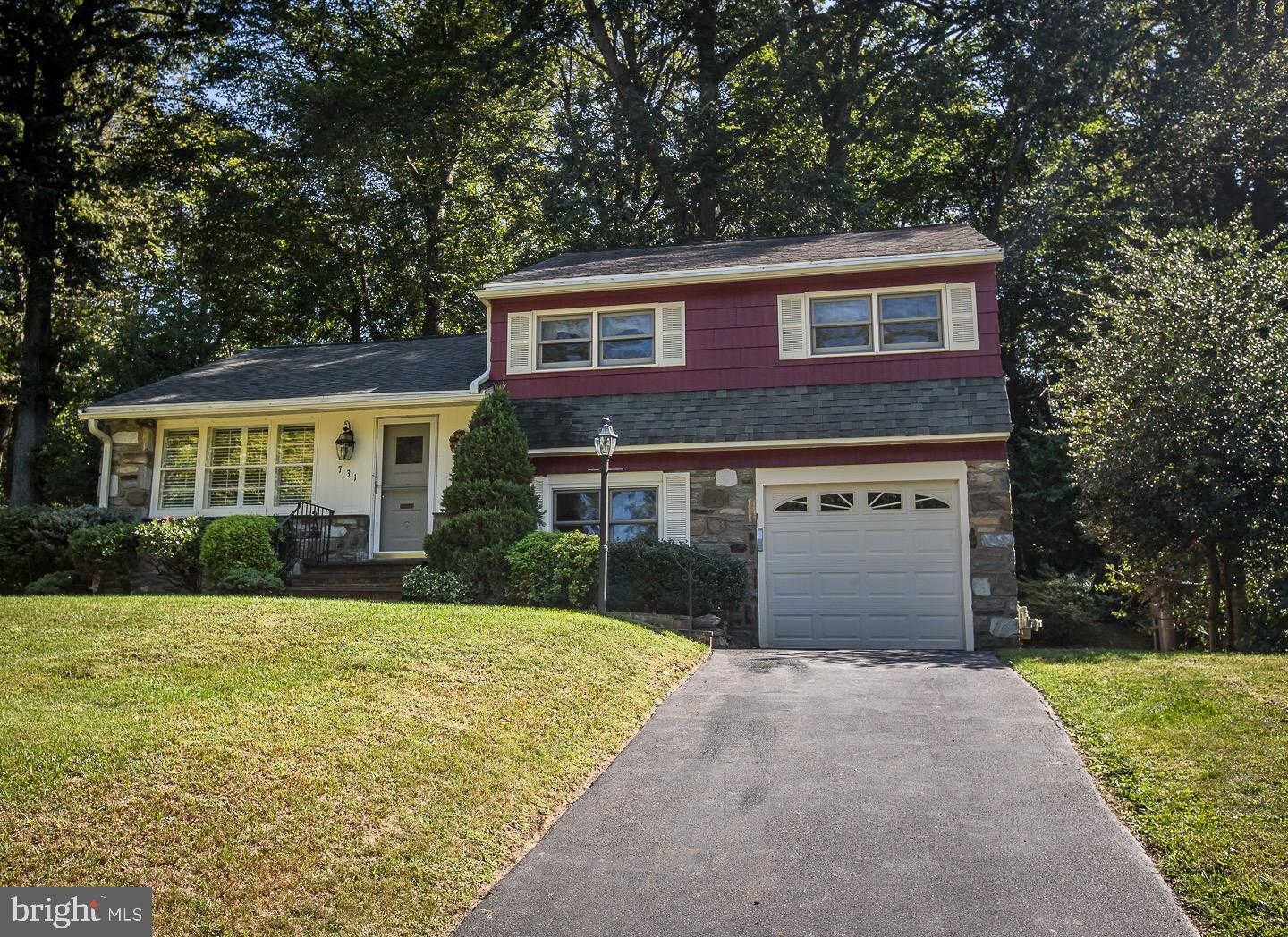 731 Roslyn Avenue, Glenside, PA 19038 now has a new price of $330,000!