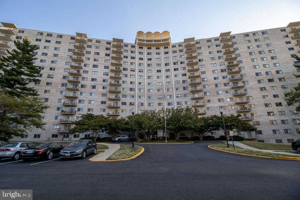 1121 W University Boulevard W #1311, Silver Spring, MD 20902 is now new to the market!