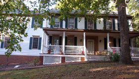 5022 Observer Lane, Woodbridge, VA 22192