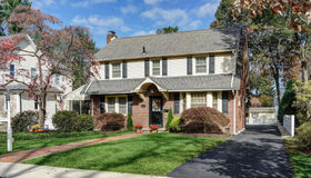 733 W Redman Avenue, Haddonfield, NJ 08033