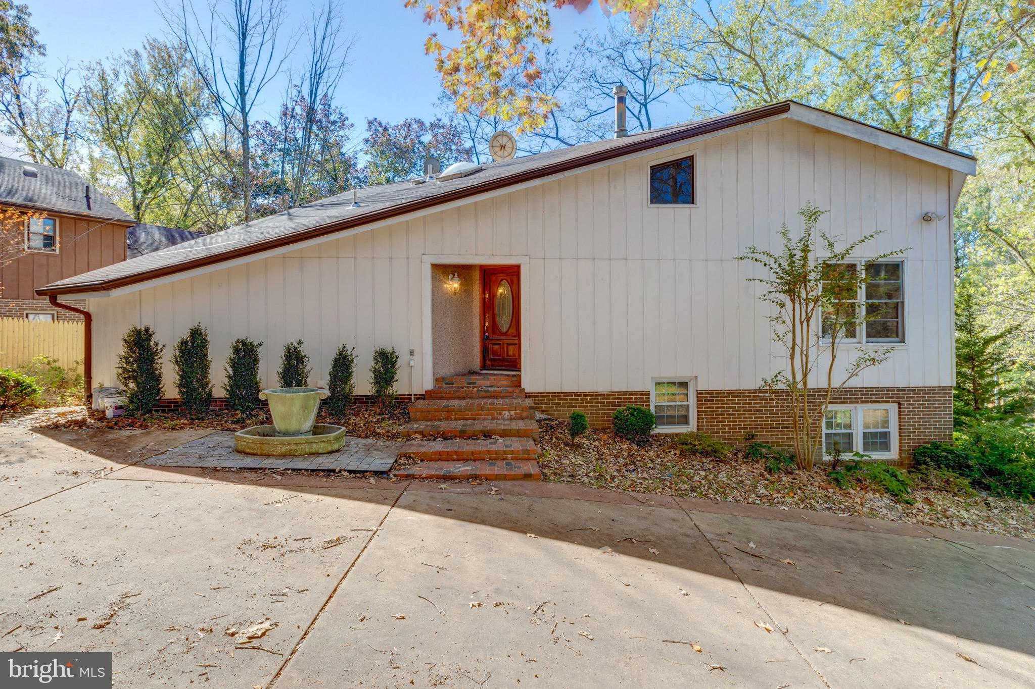 6341 Old Dominion Drive, Mclean, VA 22101 has an Open House on  Sunday, November 24, 2019 1:00 PM to 4:00 PM