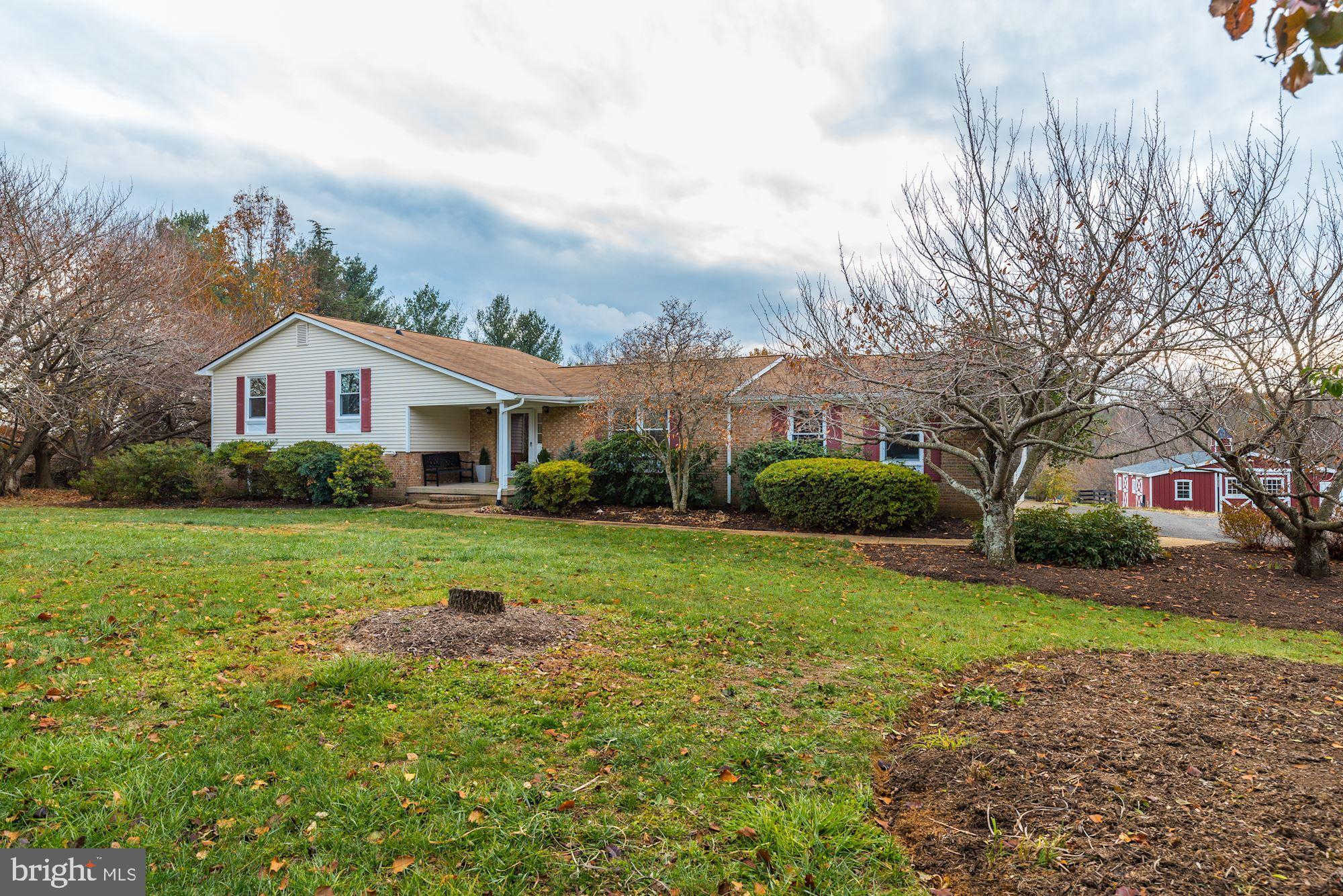 Video Tour  - 16793 Hillsboro Road, Purcellville, VA 20132