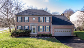 14801 Hunting Path Place, Centreville, VA 20120
