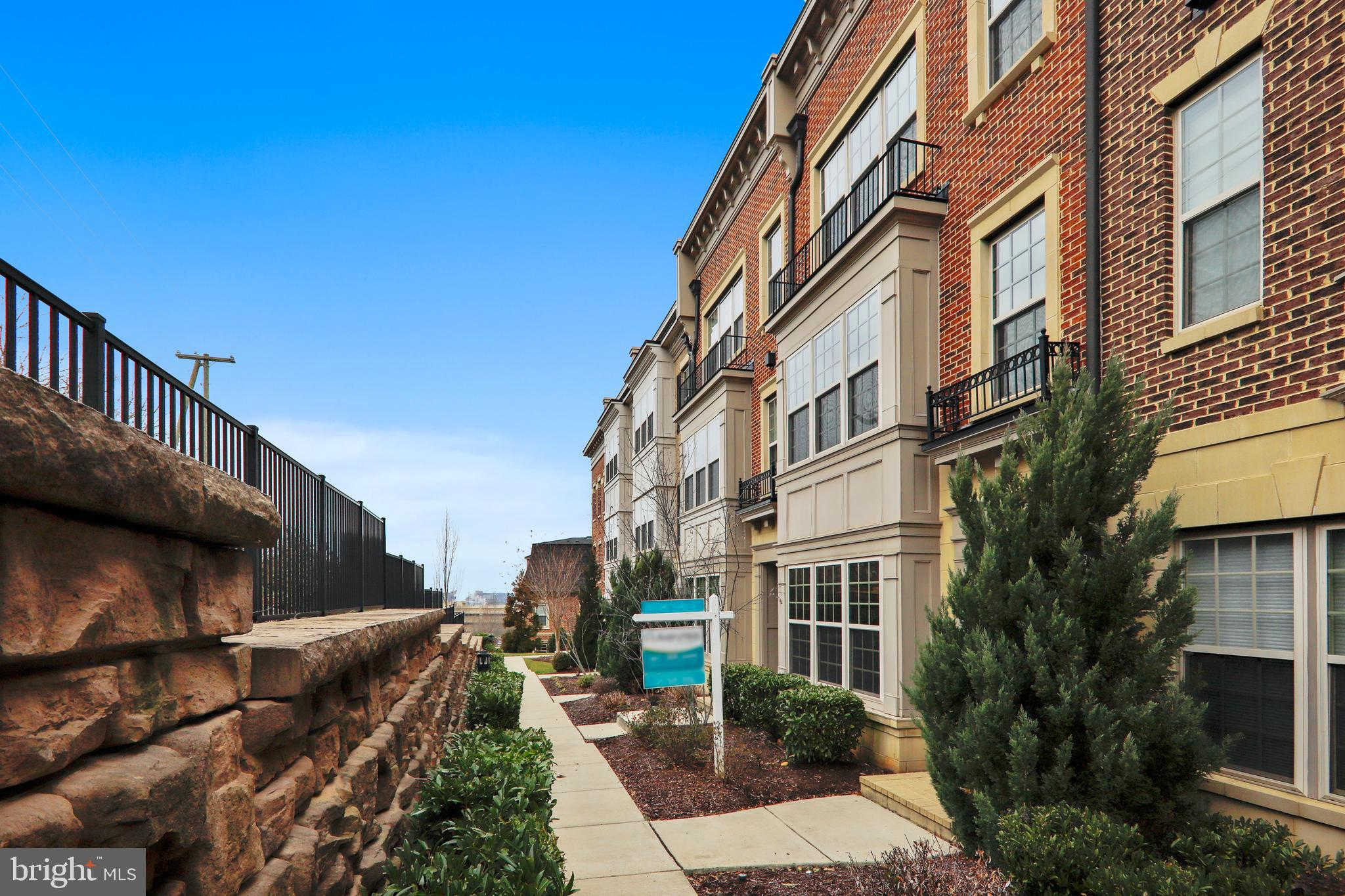 509 Overlook Park Drive #43, Oxon Hill, MD 20745 now has a new price of $614,900!