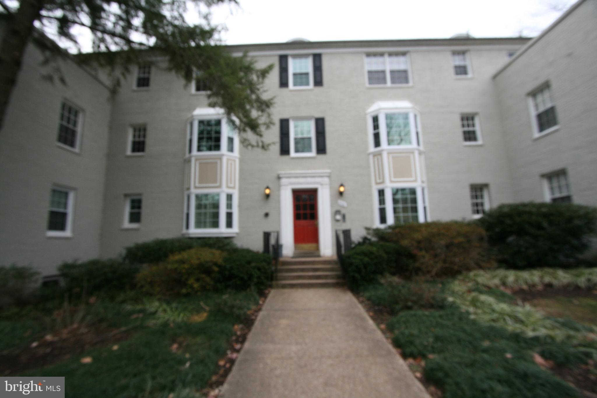 806 S Arlington Mill Drive #10201, Arlington, VA 22204 is now new to the market!