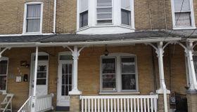 668 Columbia Avenue, Lancaster, PA 17603
