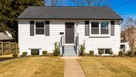 10922 Oakwood Drive, Fairfax, VA 22030