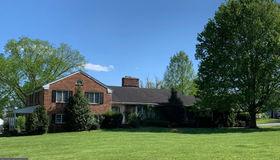 330 S Nursery Avenue, Purcellville, VA 20132