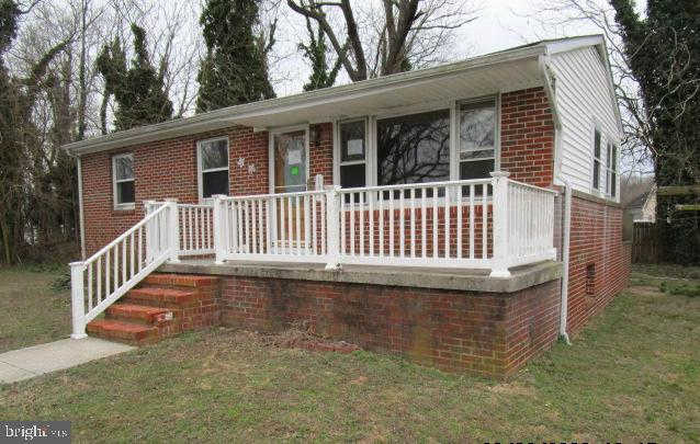 105 Lincoln Street, Greensboro, MD 21639 now has a new price of $95,000!