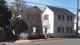 239 W Market Street, Leesburg, VA 20176