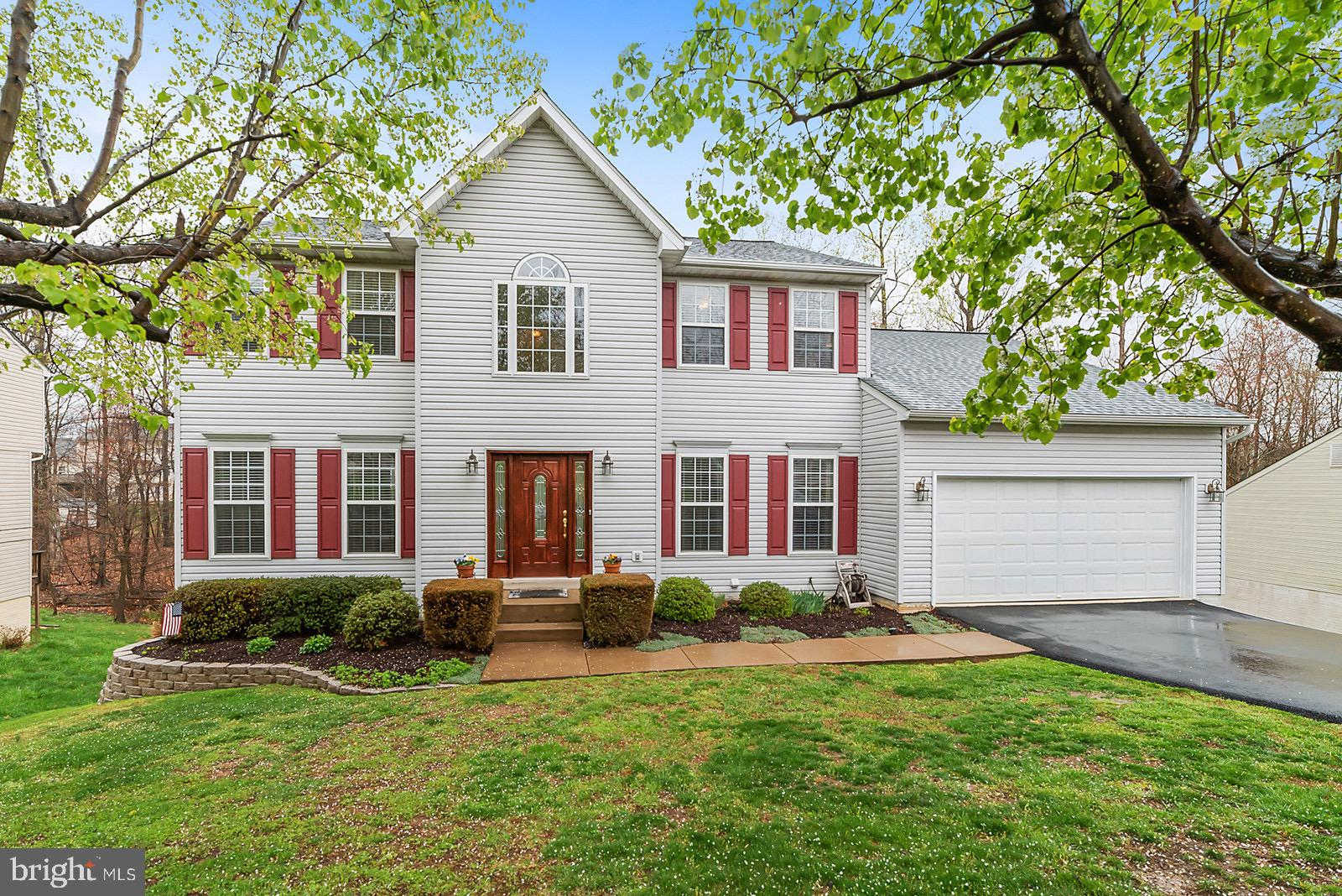 15 Lynchester Drive, Fredericksburg, VA 22406 is now new to the market!