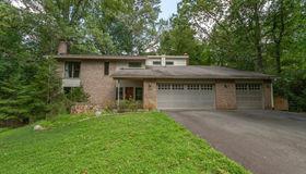 10408 Hunter Ridge Drive, Oakton, VA 22124