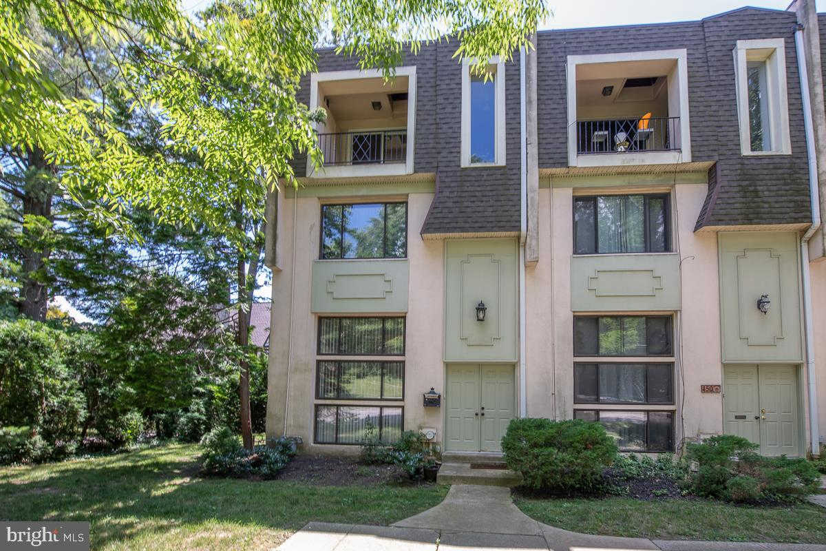 450 W Montgomery Avenue #4, Haverford, PA 19041 is now new to the market!