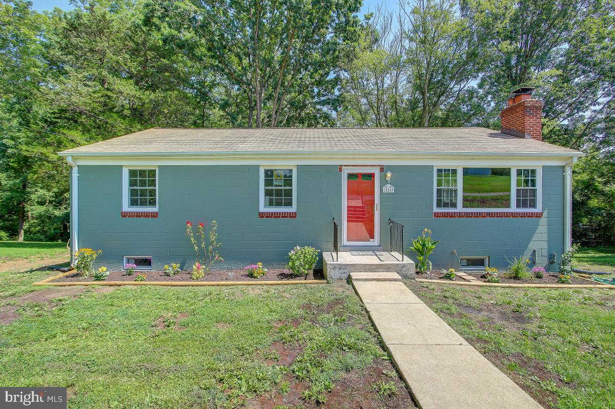 15009 Darnestown Road, Germantown, MD 20874 is now new to the market!