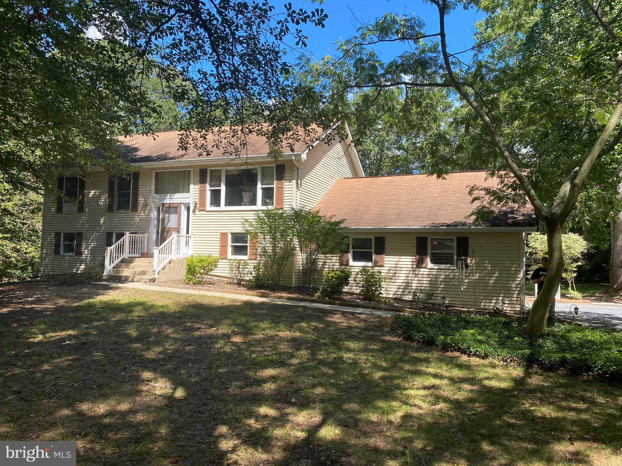 25390 Depue Landing Way, Greensboro, MD 21639 is now new to the market!