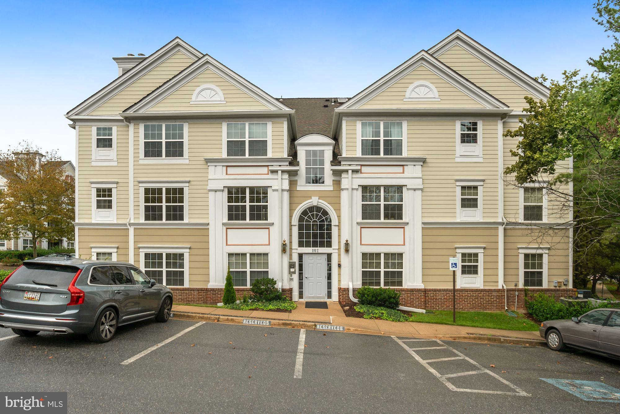 Video Tour  - 102 Kendrick Place #14, Gaithersburg, MD 20878