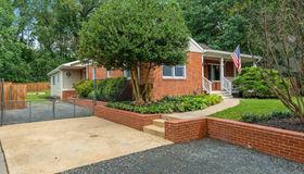 7200 Sewell Avenue, Falls Church, VA 22046